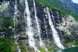 Tres Hermanas Falls