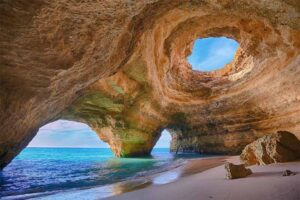 cave-in-algarve