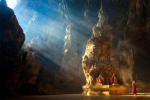 kyaut-sae-cave