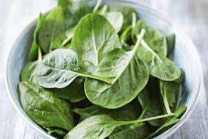 spinach-for-healthy-skin