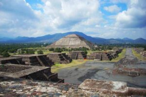 the-pyramid-of-the-sun-teotihuacan