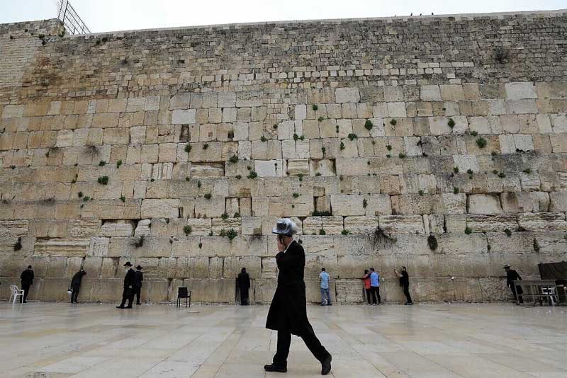 western-wall-famous-walls-in-the-world