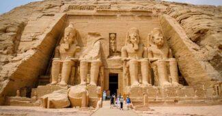 abu-simbel-beautiful-ancient-egyptian-temples