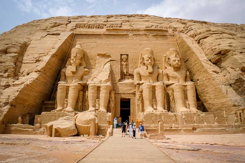 abu-simbel-beautiful-ancient-egyptian-temples