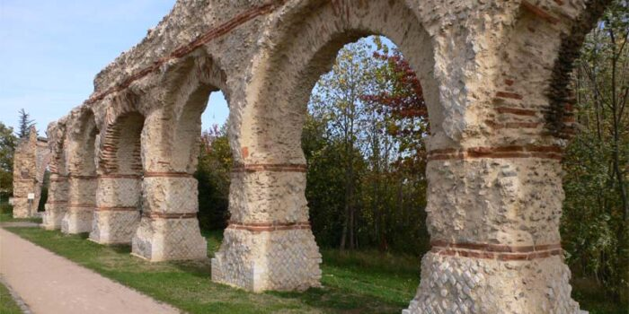 aqueduct-of-the-gier