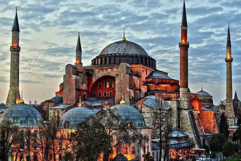 aya-sofya-beautiful-places-in-turkey