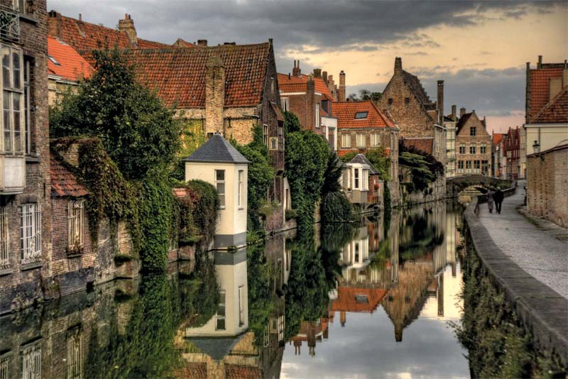 bruges-beautiful-places-in-belgium
