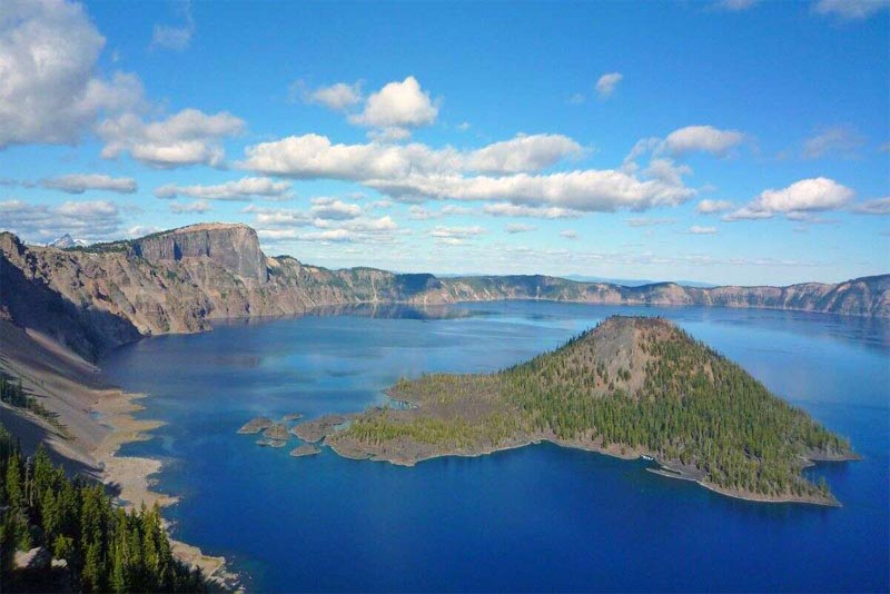 crater-lake-deepest-lakes