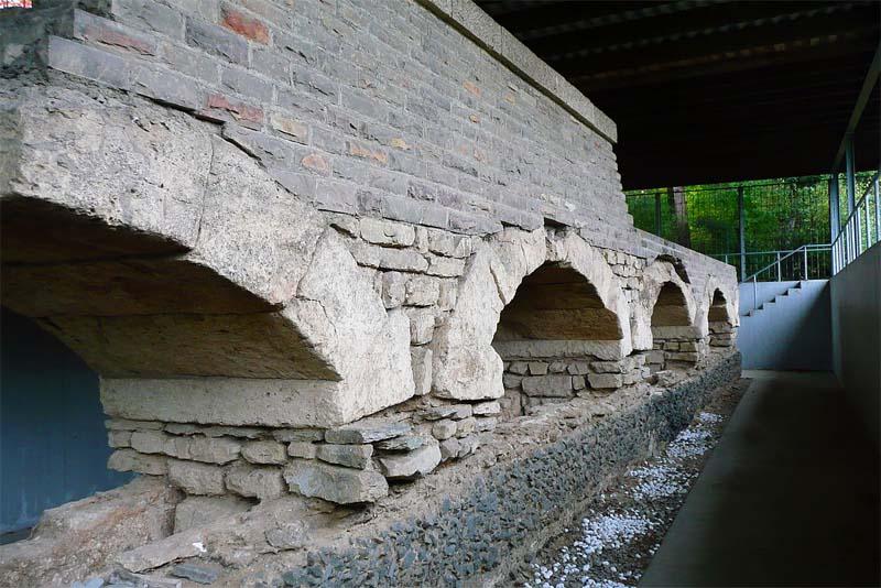 eifel-aqueduct