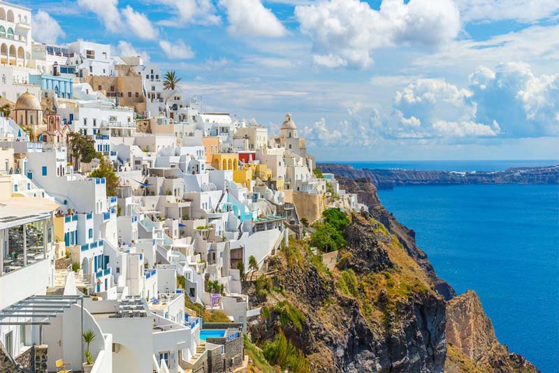 fira-sea-cliffs