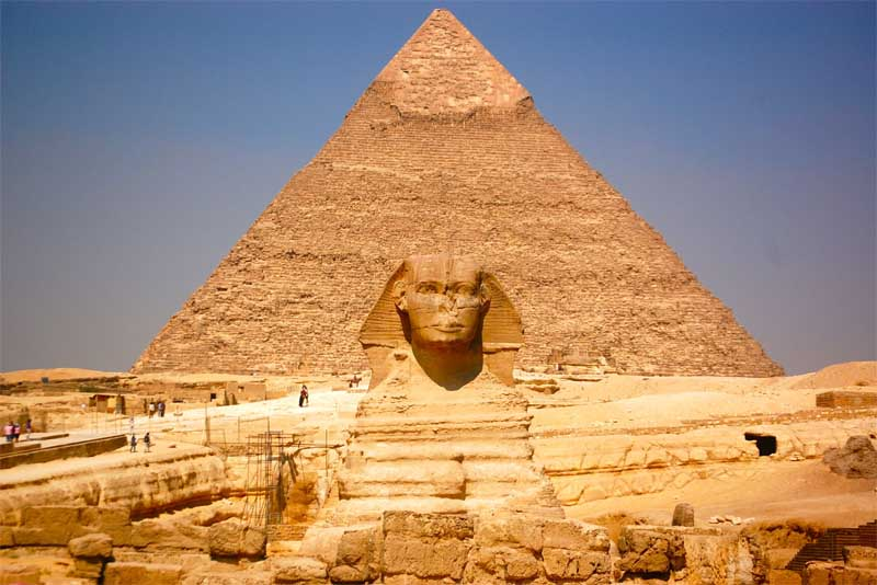 great-pyramid-of-giza-egypt-famous-tombs