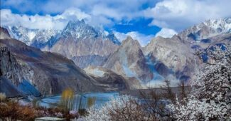 hunza-valley-relaxing-holiday-destinations