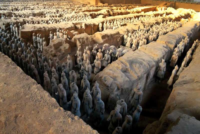 mausoleum-of-first-qin-emperor-china-famous-tombs