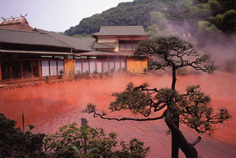 nine-hells-of-beppu-mysterious-places