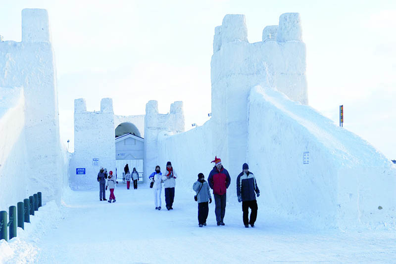 snow-castle-beautiful-places-in-finland