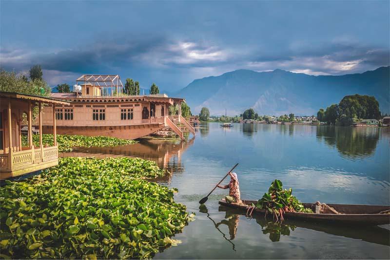 srinagar-relaxing-holiday-destinations