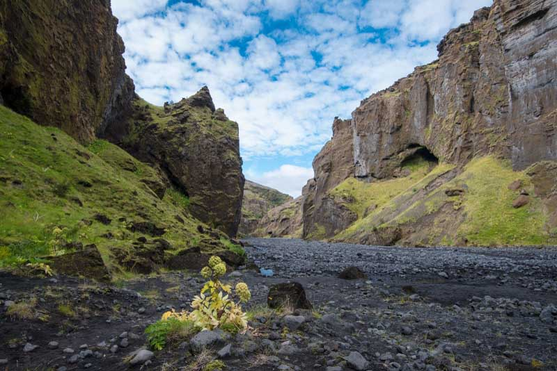 stakkholtsgja-canyon-beautiful-places-in-iceland