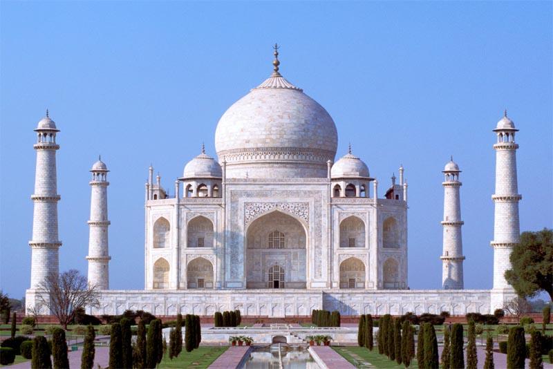 taj-mahal-famous-tombs