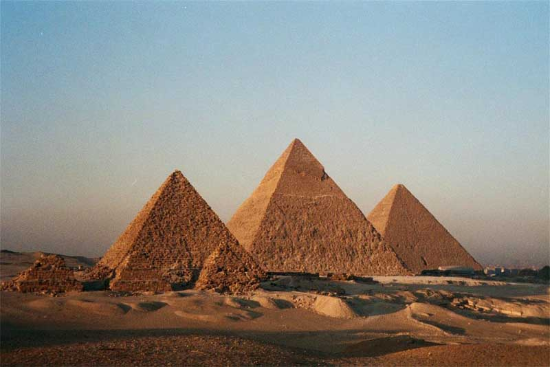 the-great-pyramid-of-giza-mysterious-places