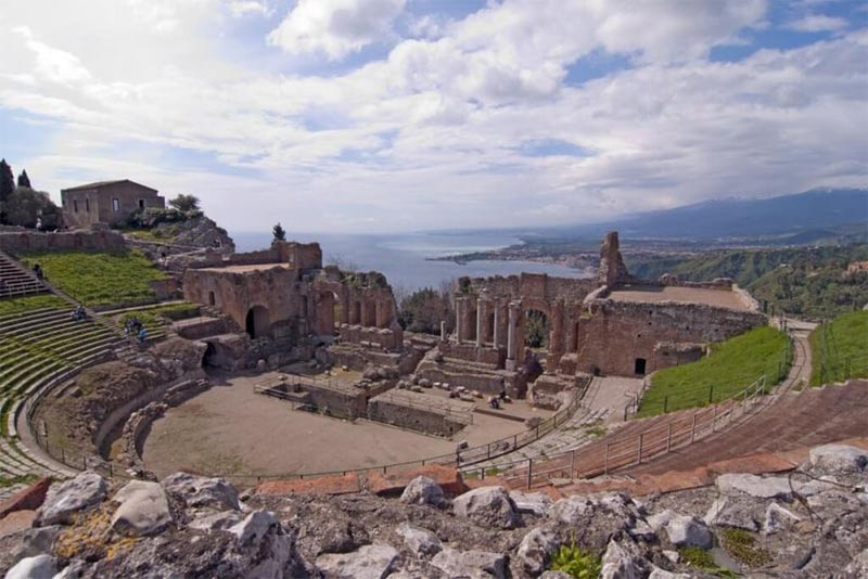 the-greek-theater-of-taormina-historical-theaters