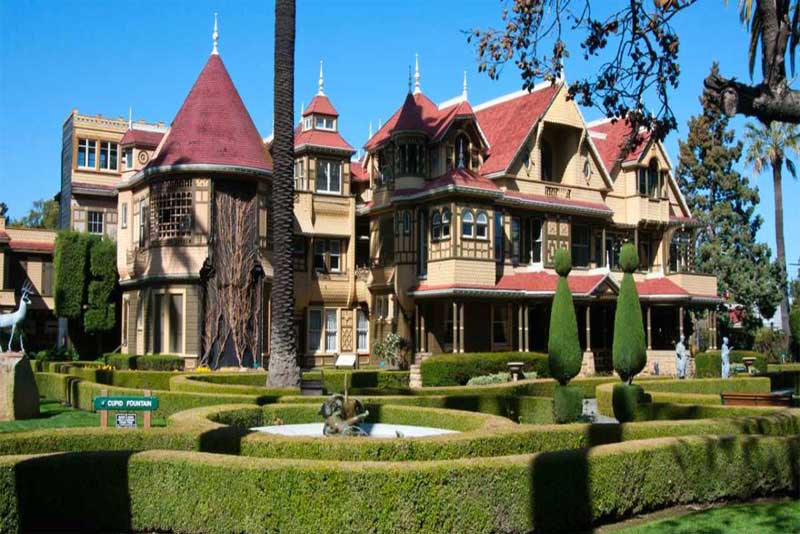 the-winchester-house-mysterious-places