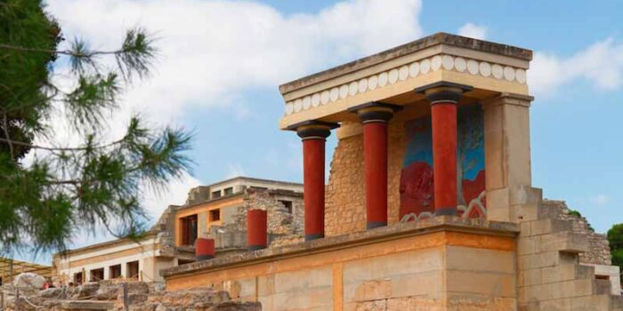 palace-of-knossos-oldest-building