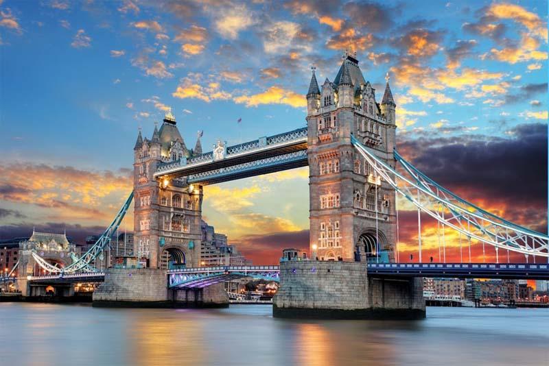 tower-bridge-famous-bridge