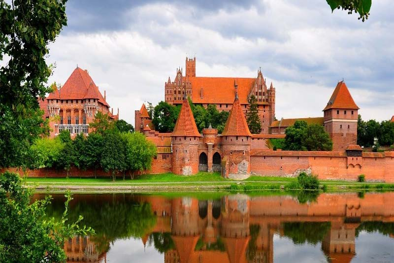 malbork-castle-largest-palace