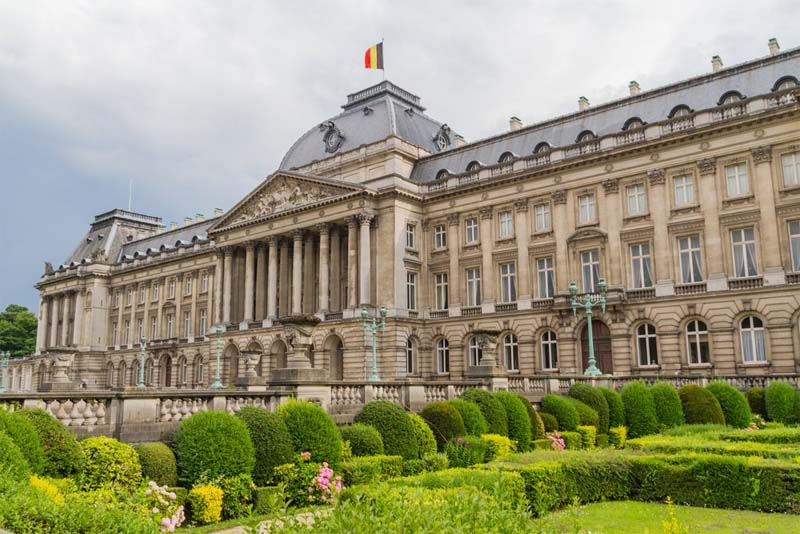 royal-palace-of-brussels-largest-palace