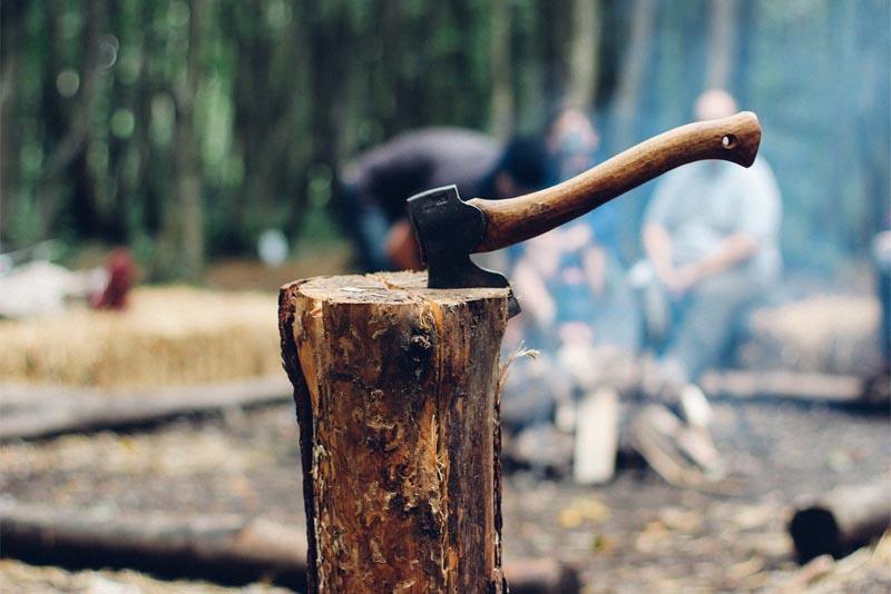 lumberjacks-most-dangerous-jobs-in-the-world