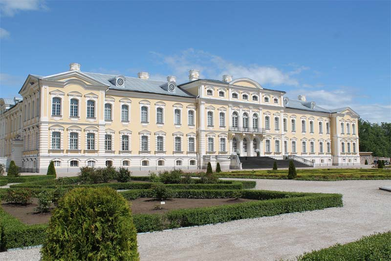 the-rundale-palace